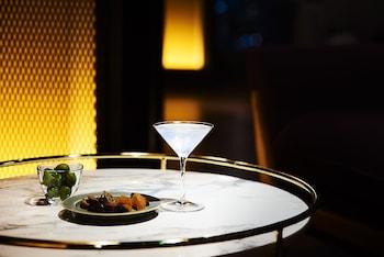 THE LIVELY HONMACHI OSAKA Bar