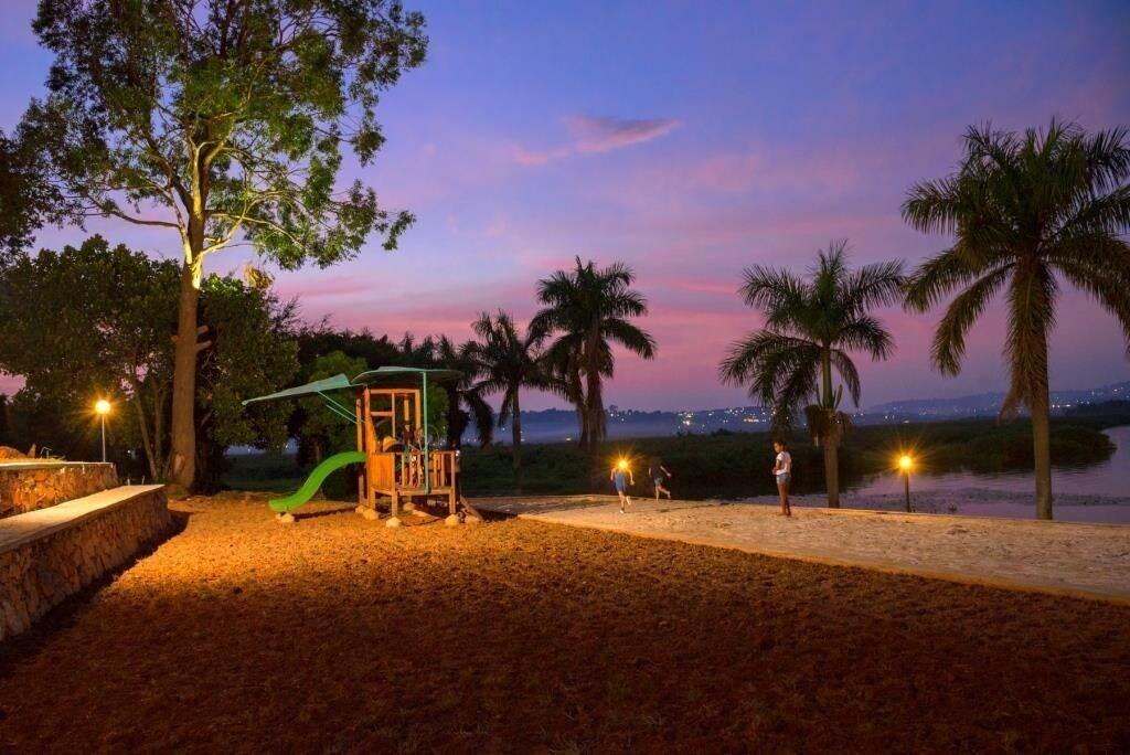 Kaazi Beach Resort, Jinja