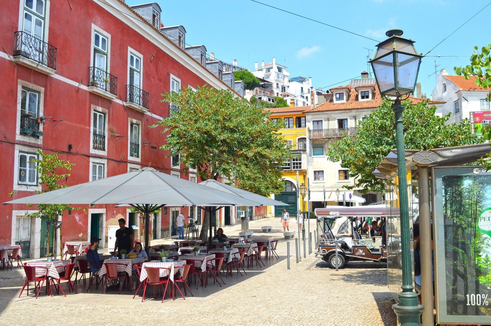 Charmoso Apartamento Central com Jardim, Lisboa