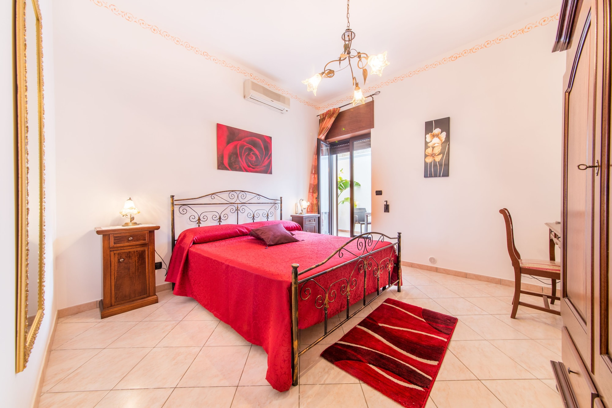 Salento Sweet Home & Mirea, Lecce