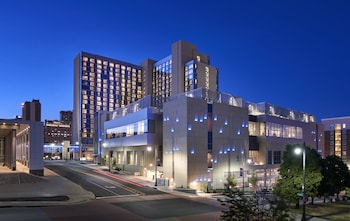 堪薩斯城洛威斯飯店 Loews Kansas City Hotel