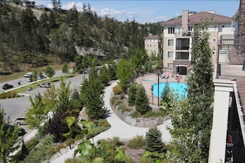Hotel - Pinnacle Pointe - By Vacations Kelowna