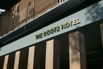 THE ROOT2 HOTEL Front of Property