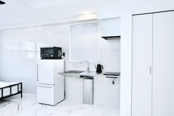 THE ROOT2 HOTEL Private Kitchenette