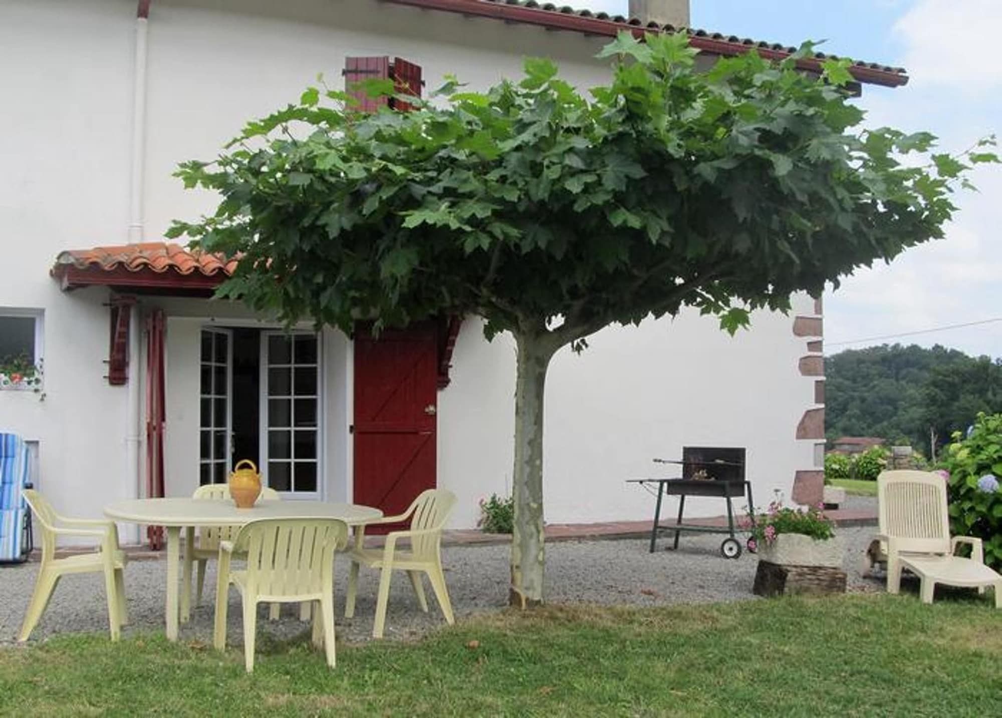 House With 2 Bedrooms in Lasse, With Wonderful Mountain View and Enclosed Garden - 50 km From the Beach, Pyrénées-Atlantiques