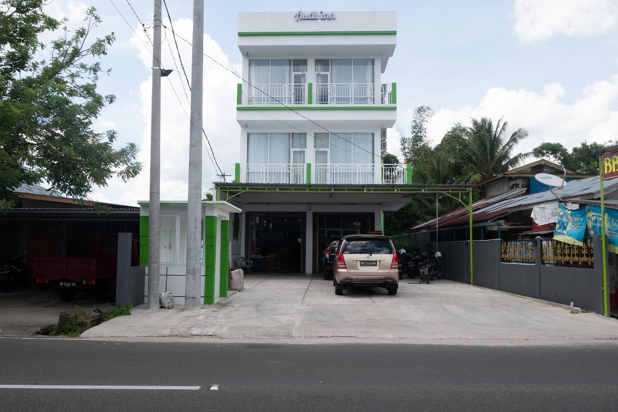 OYO 974 Audi Inn Hotel, Belitung