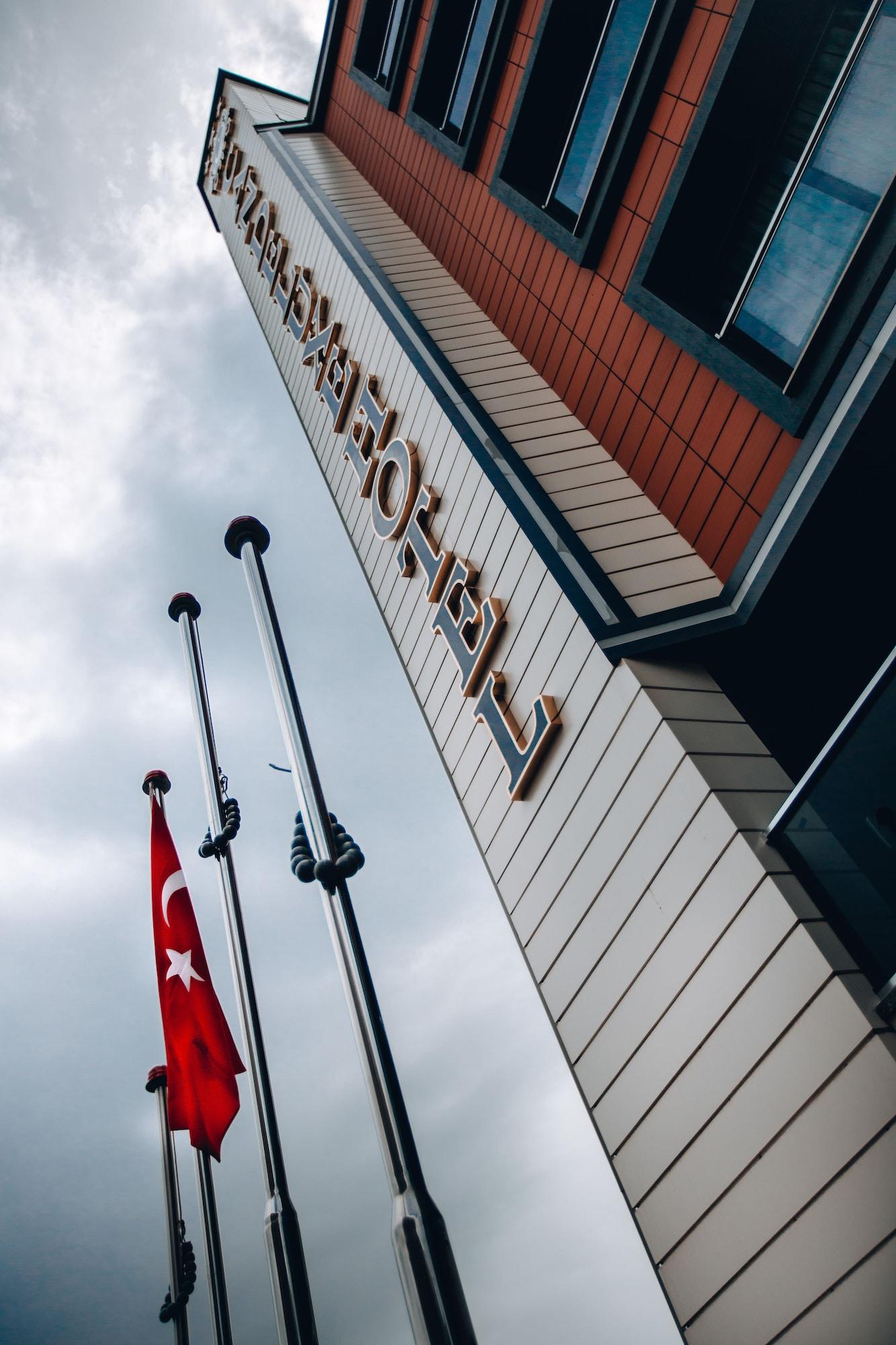 Can Deluxe Hotel, Alaşehir
