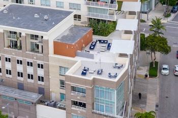 Miami World Rental - Midtown 1106