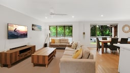 Noosa Heads Endless Summer Beach Retreat