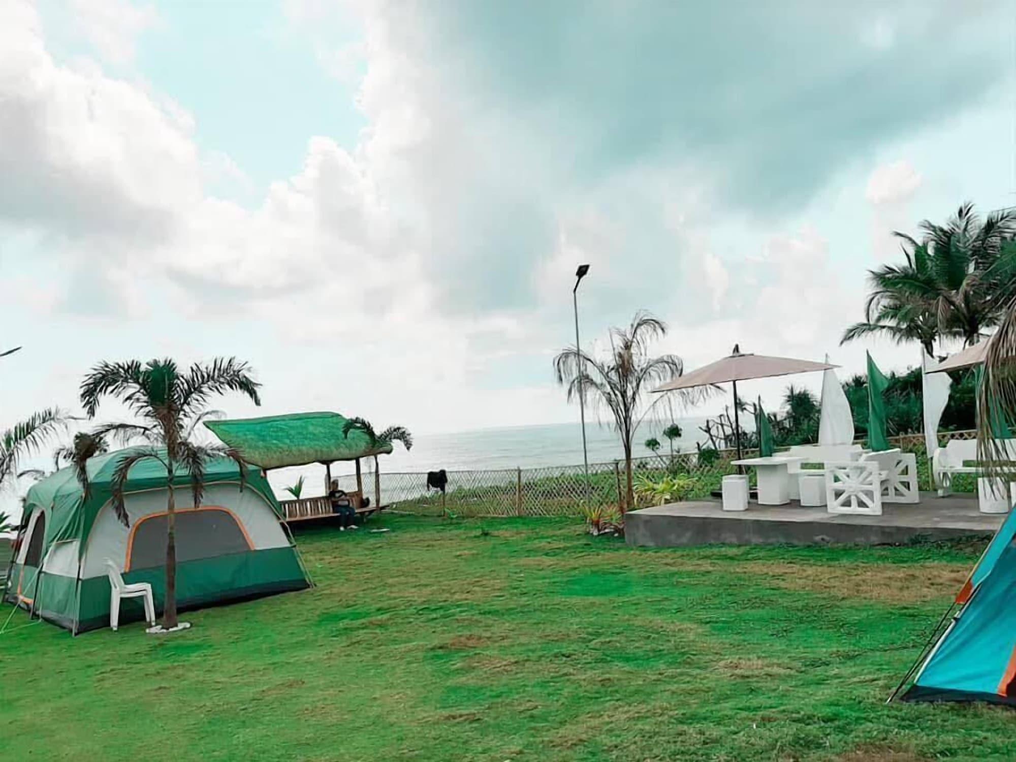 Pacific Buddies - Campsite, Dingalan