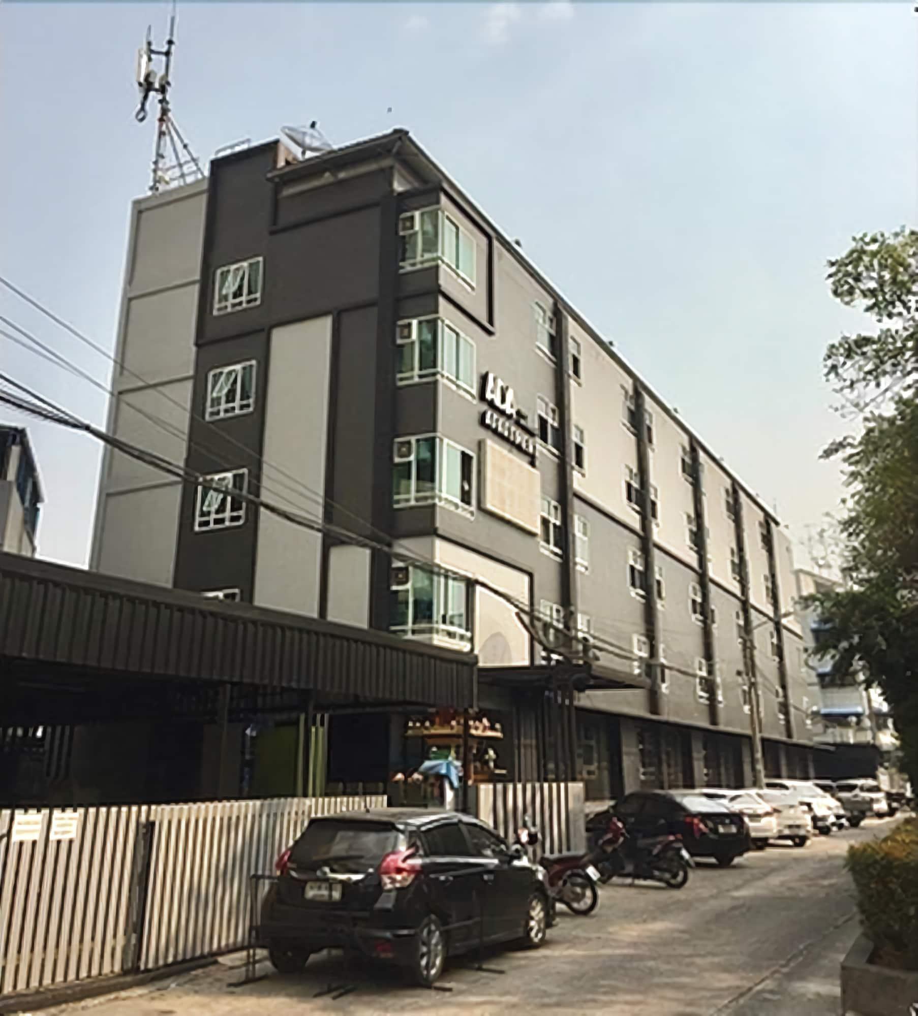 ADA Apartment, Rat Burana