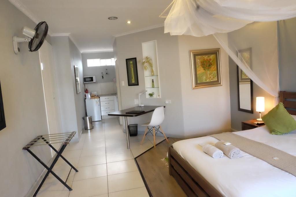 Leslie Lodge Bed & Breakfast, Blantyre City