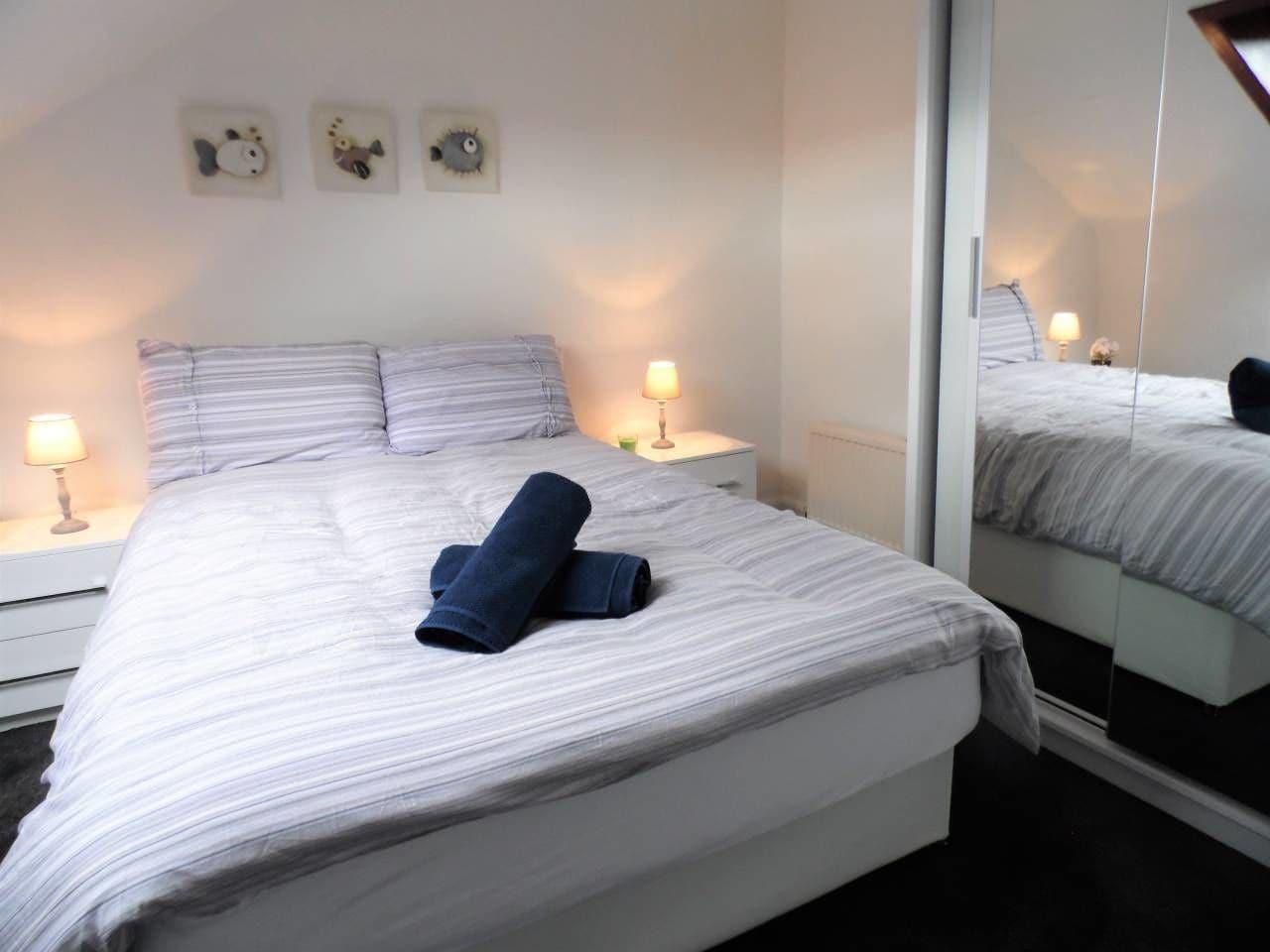 4 Bed Apartment, Paisley - Near GLA Airport, Renfrewshire