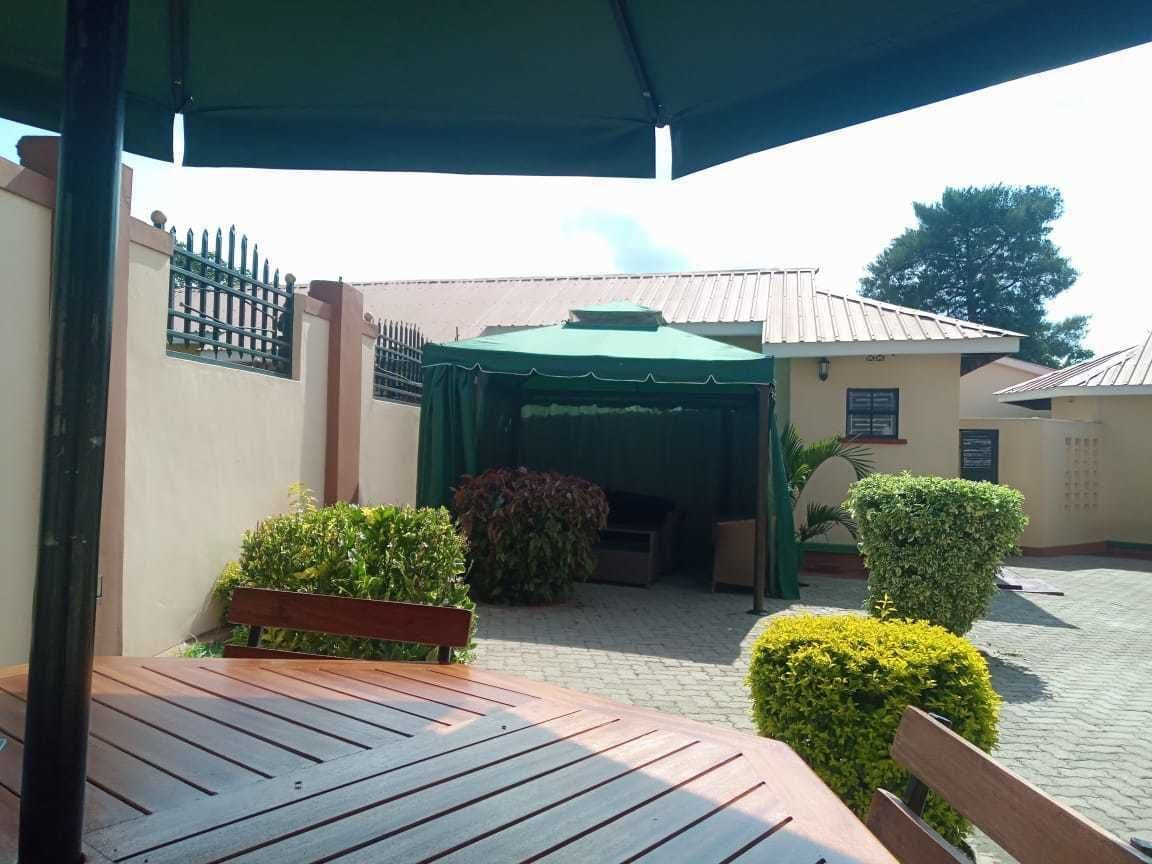 Zigih Hotel & Restaurant, Suna West