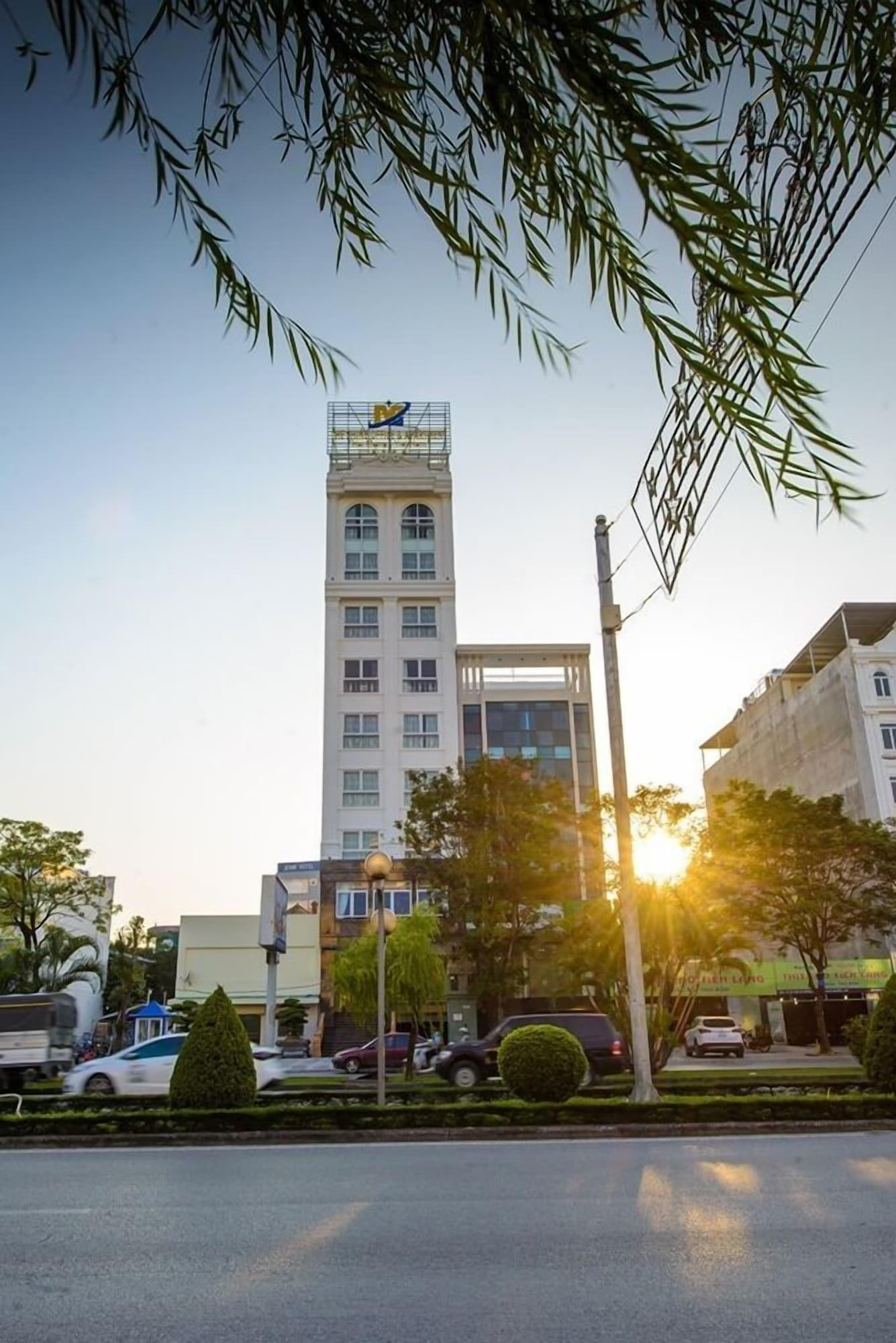 The Shine Office and Apartment, Ngô Quyền