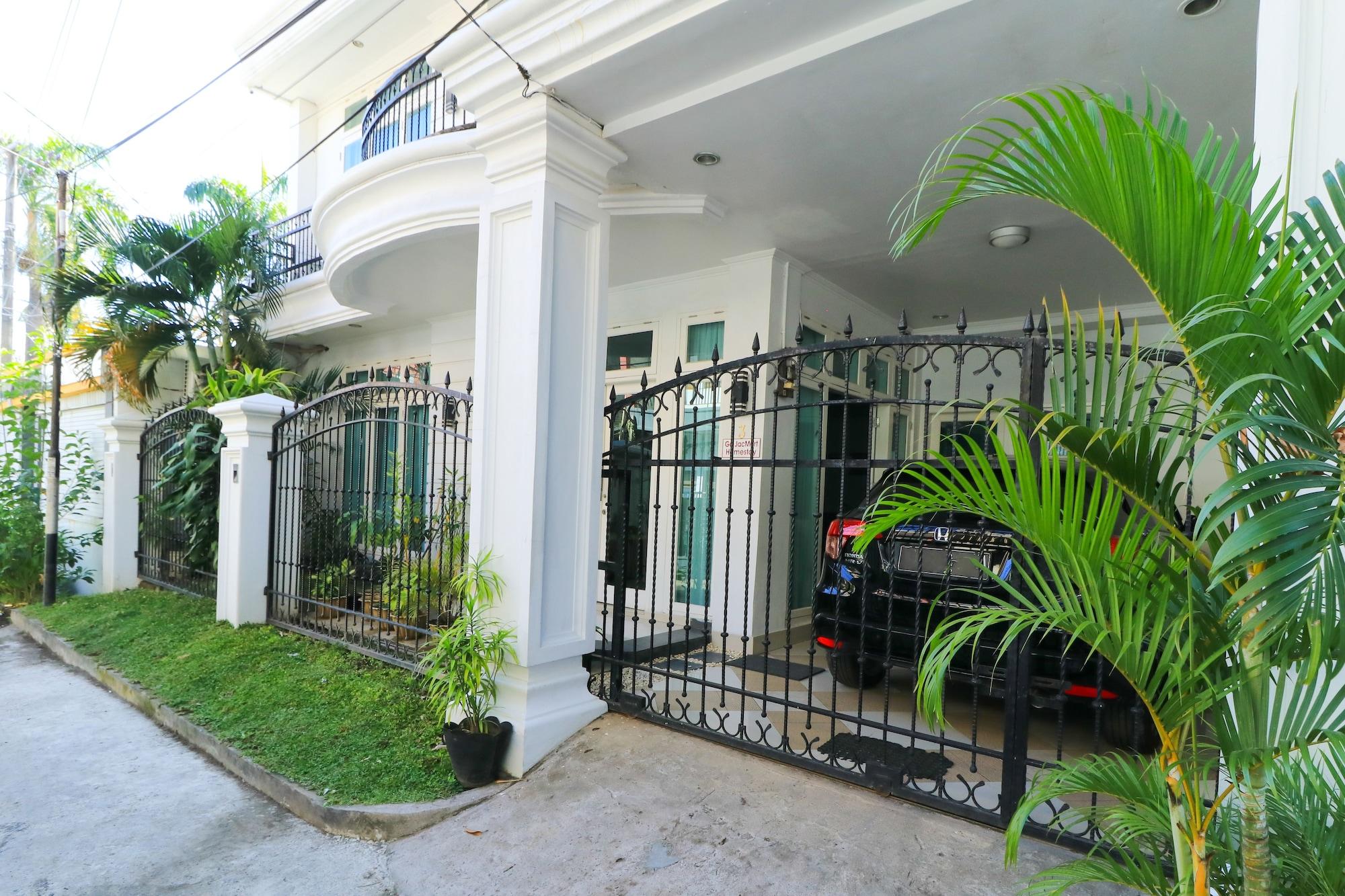 Ge JacMart Homestay, Makassar