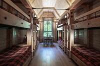 8-Bed Design Room
