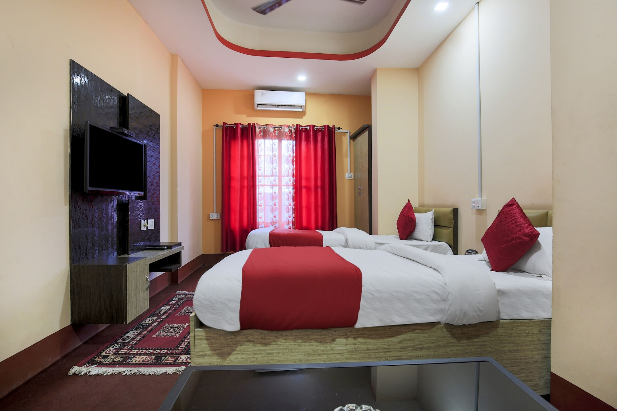 OYO 404 Hotel Taj International, Mechi