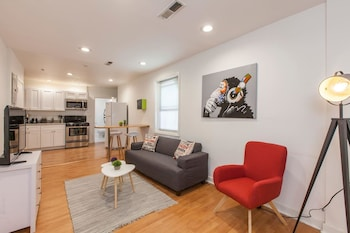 South Street GEM With Deck and Central Location