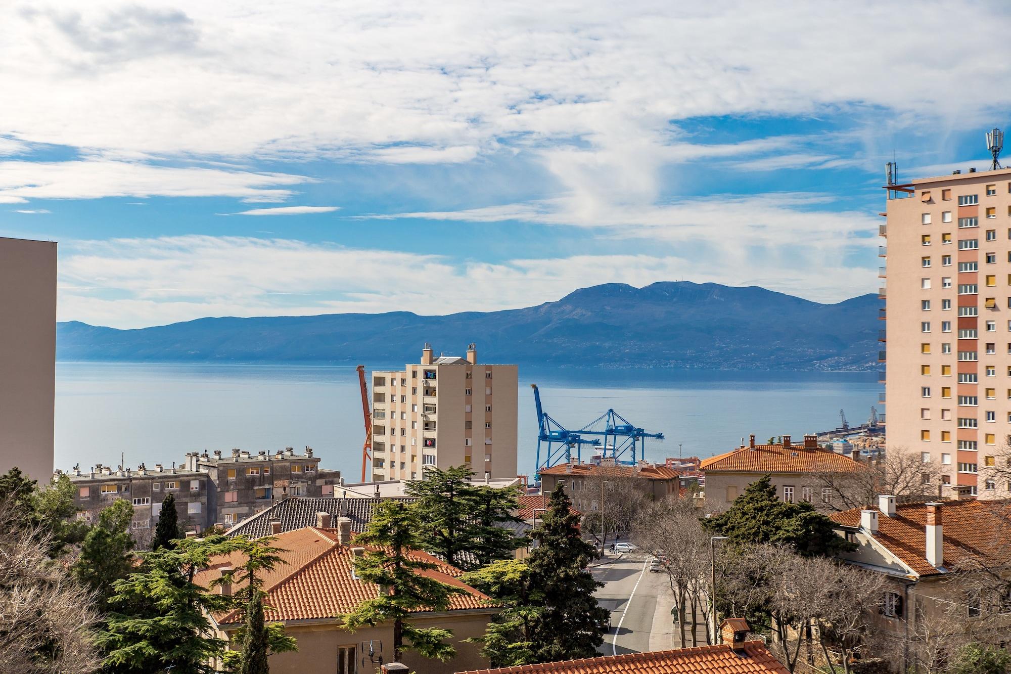 Apartment Consensus, Rijeka