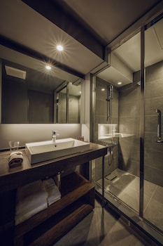 NODE HOTEL Bathroom