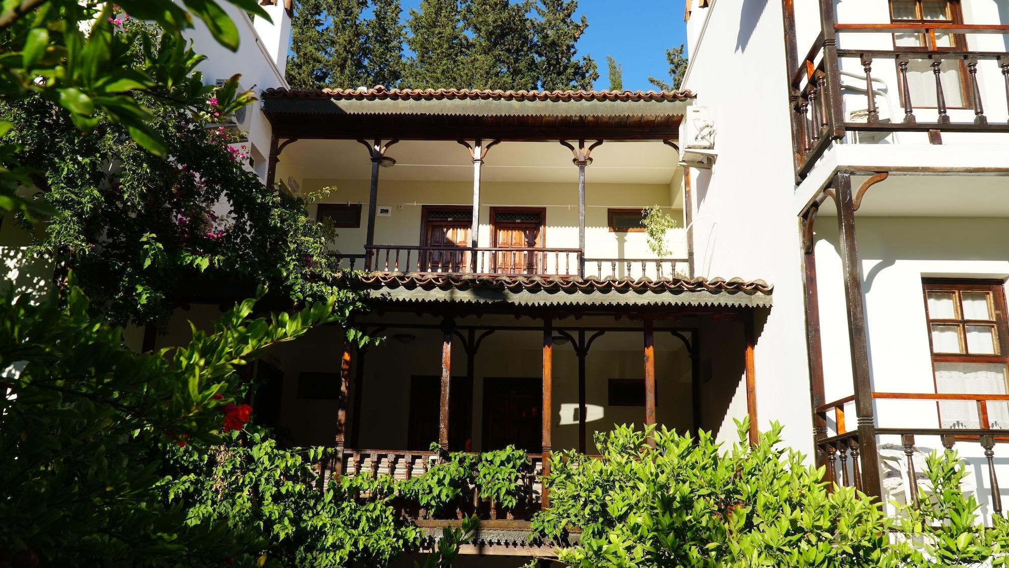 Totelya Hotel, Ula