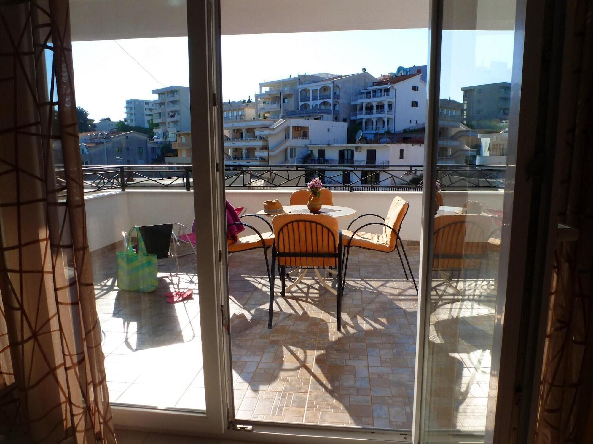 Studio in Ulcinj, With Wonderful sea View, Balcony and Wifi,