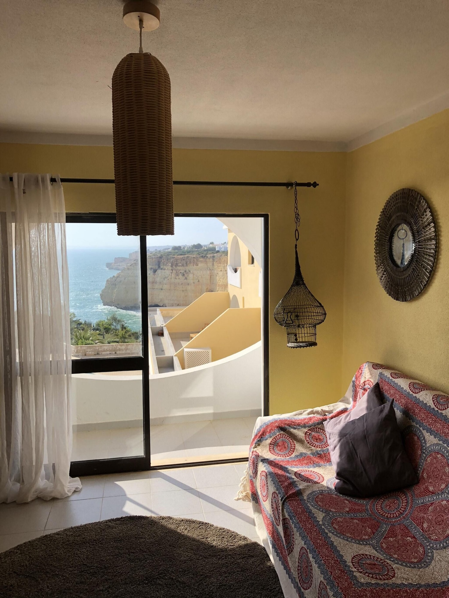 Apartment With 2 Bedrooms in Carvoeiro, With Wonderful sea View and Enclosed Garden - 20 m From the Beach, Lagoa