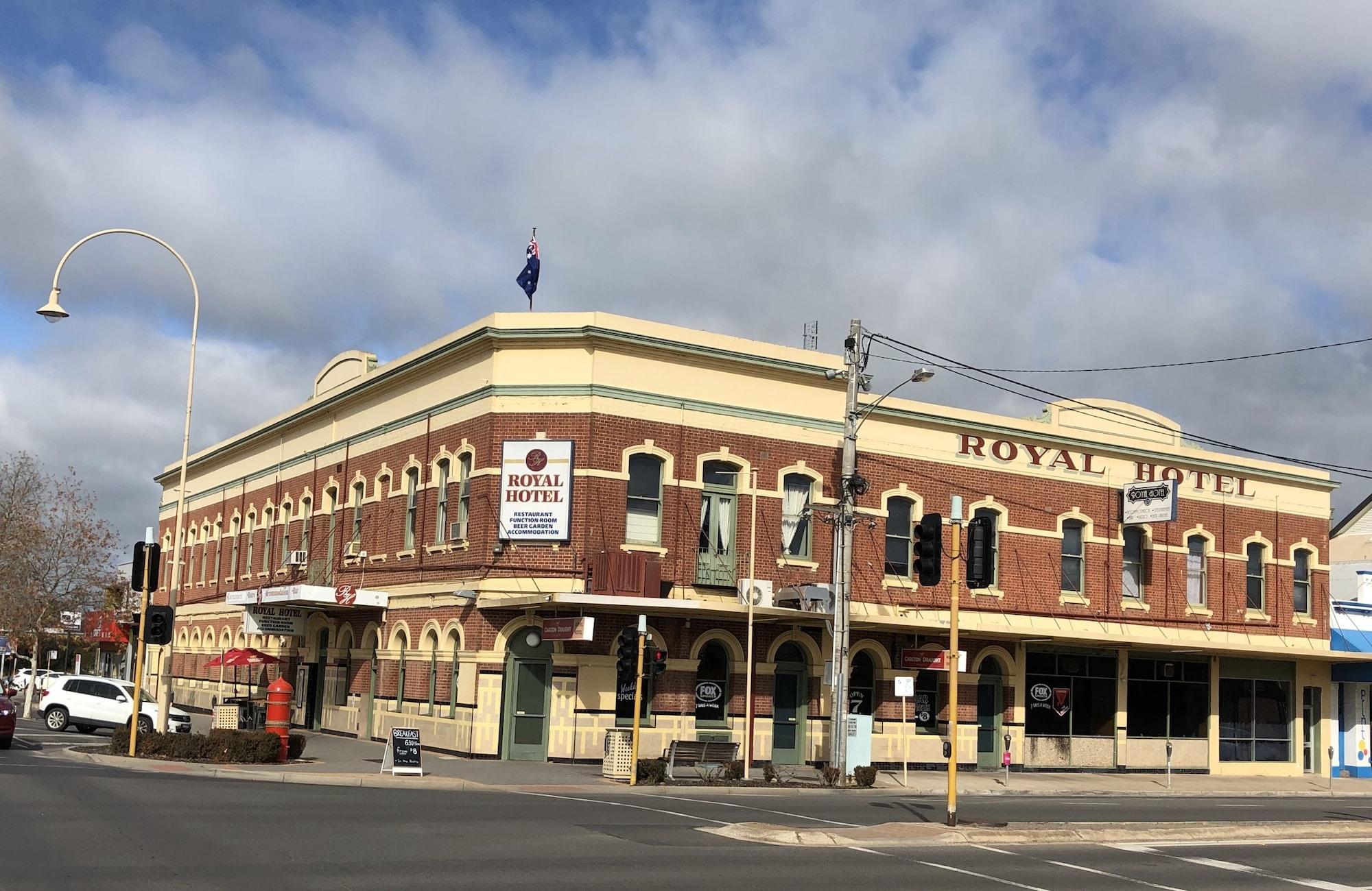 Royal Hotel, Horsham - Central