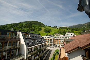 PENTHOUSE JIMMY ZELL AM SEE
