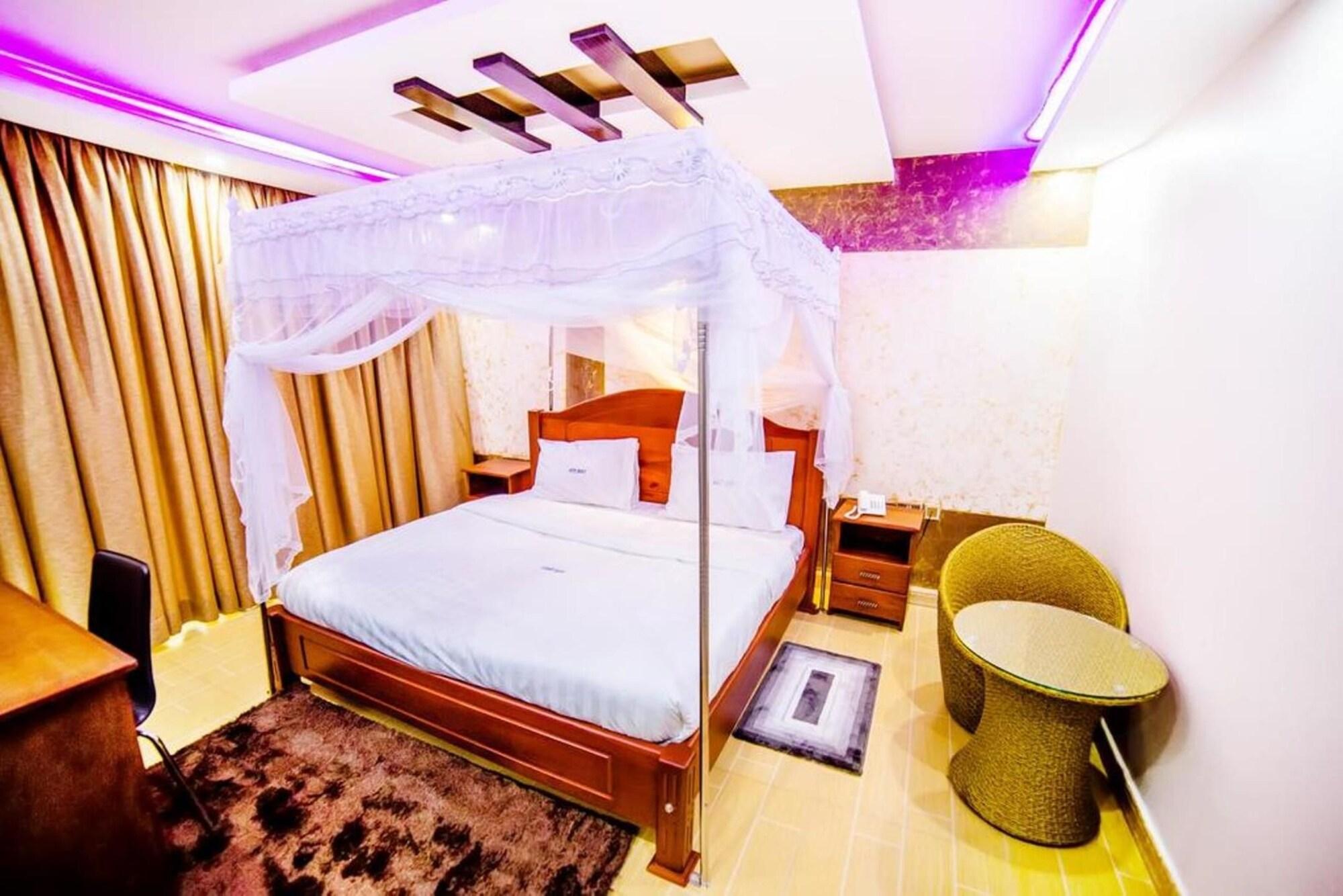 Hotel Benco, Jinja
