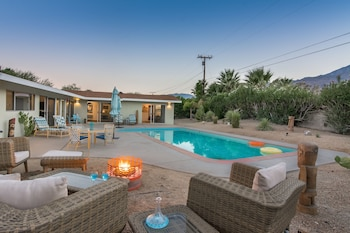 Desert Coral Oasis Three Bedroom House