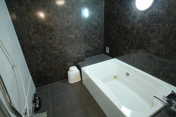 LALA RESORT - ADULTS ONLY Bathroom