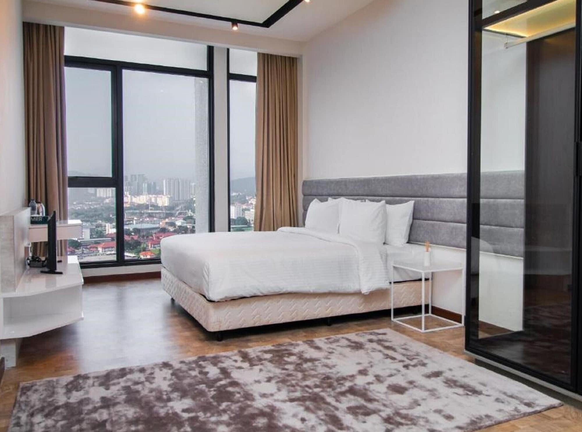 Expressionz Starlight Suites by MyKey Global, Kuala Lumpur