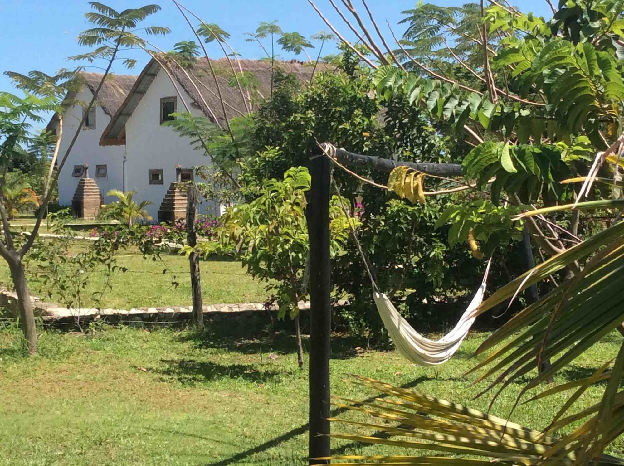 Papa's Cafe and Bungalows, Lake Victoria