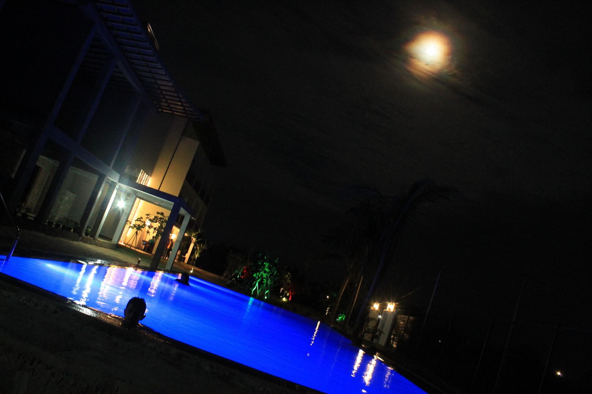 Amanda Beach Resort, Koralai Pattu (Valachchenai)