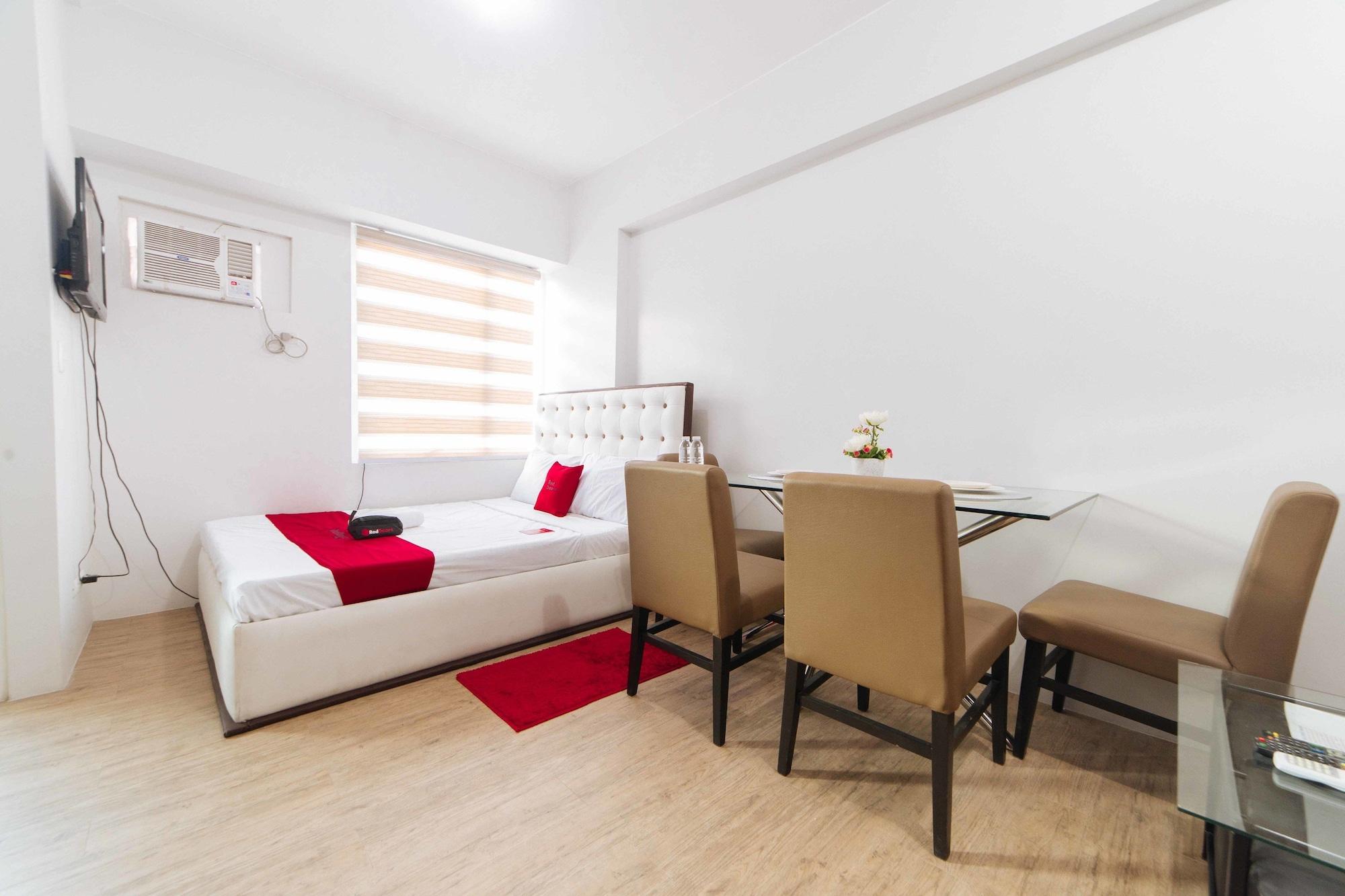 RedDoorz Premium @ Anuva Residences, Muntinlupa