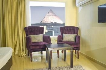 エジプト ピラミッズ イン