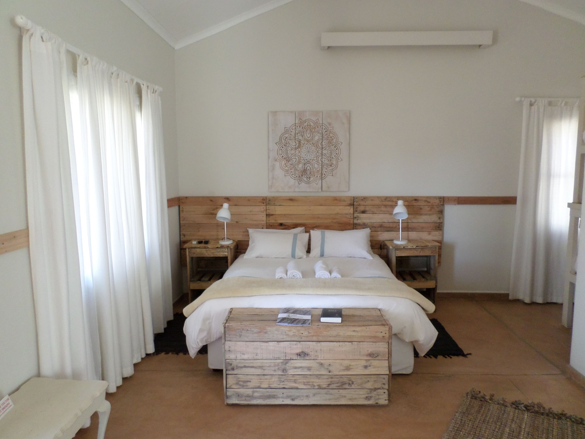 OUT OF Nature Country Lodge, Windhoek Rural
