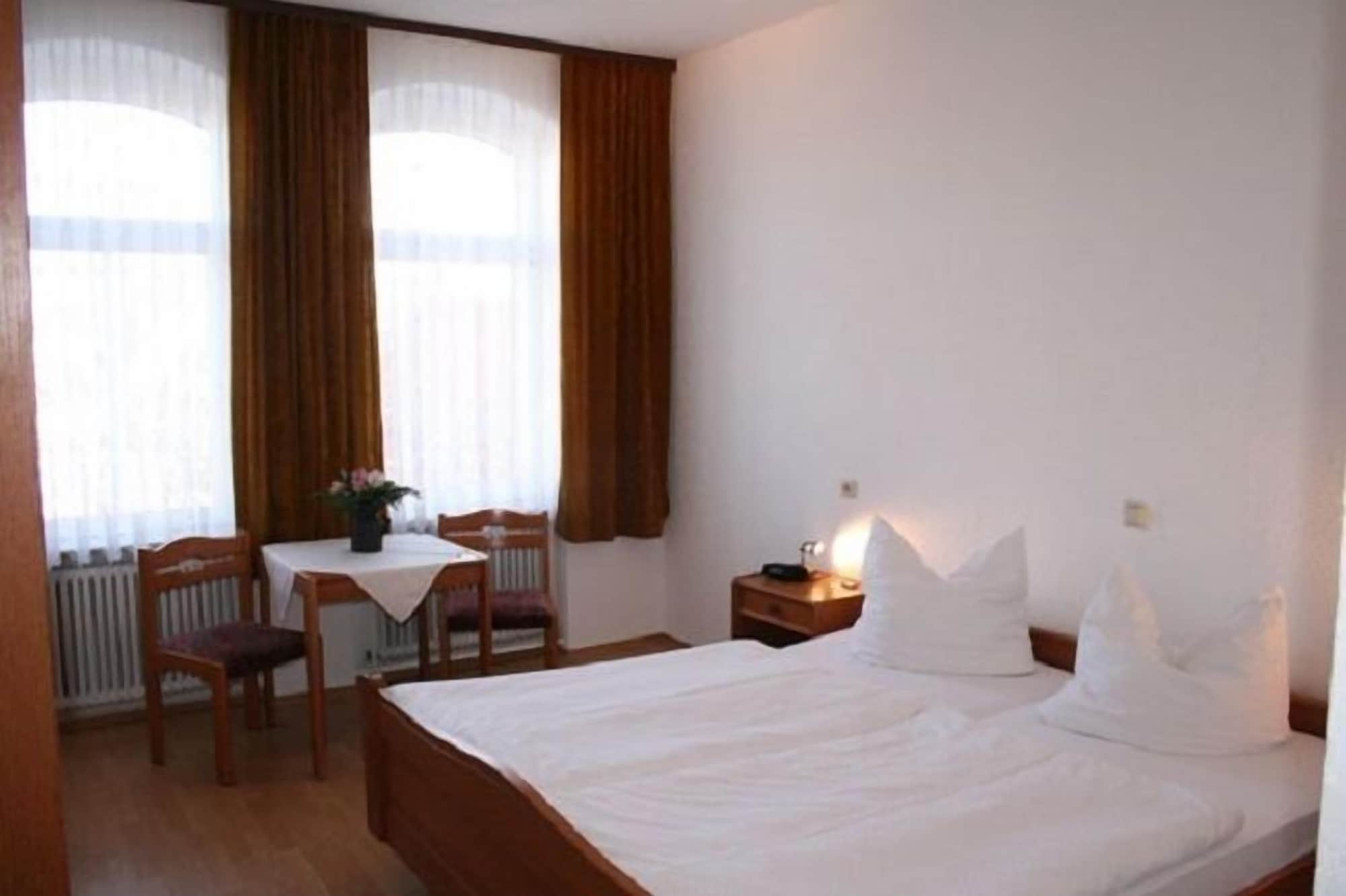 Hotel Garni am Domplatz, Erfurt