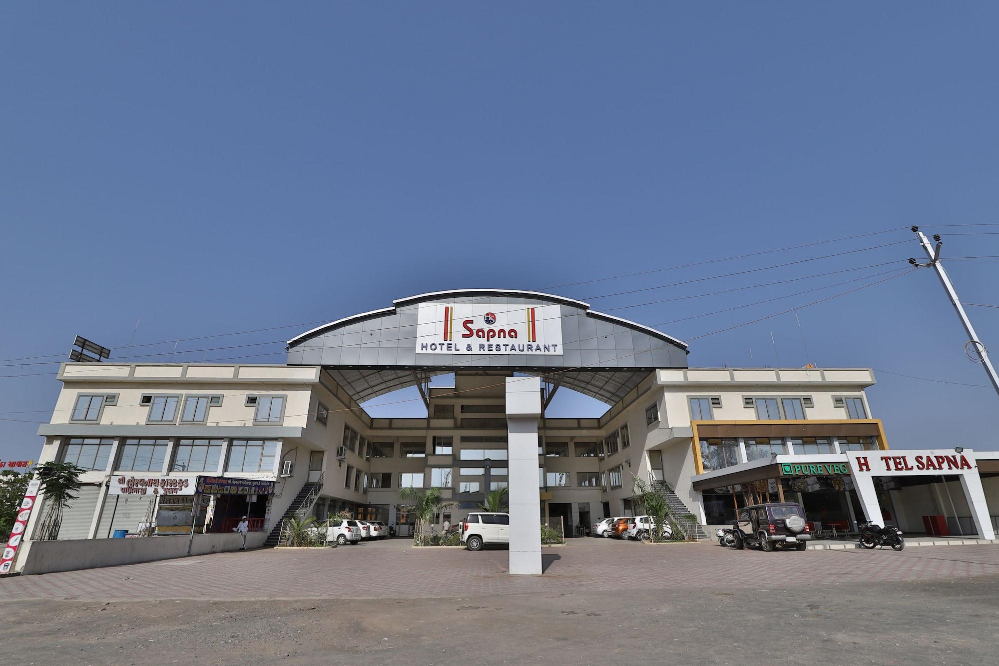 SPOT ON 39371 Hotel Sapna, Surendranagar