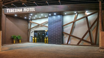 特雷西納飯店 Teresina Hotel