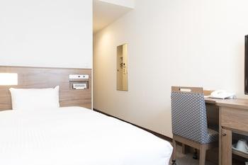 TOHO HOTEL MOTOMACHI Room