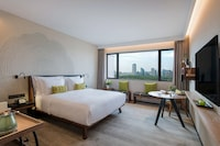 Room, 1 King Bed (Sanlitun View)