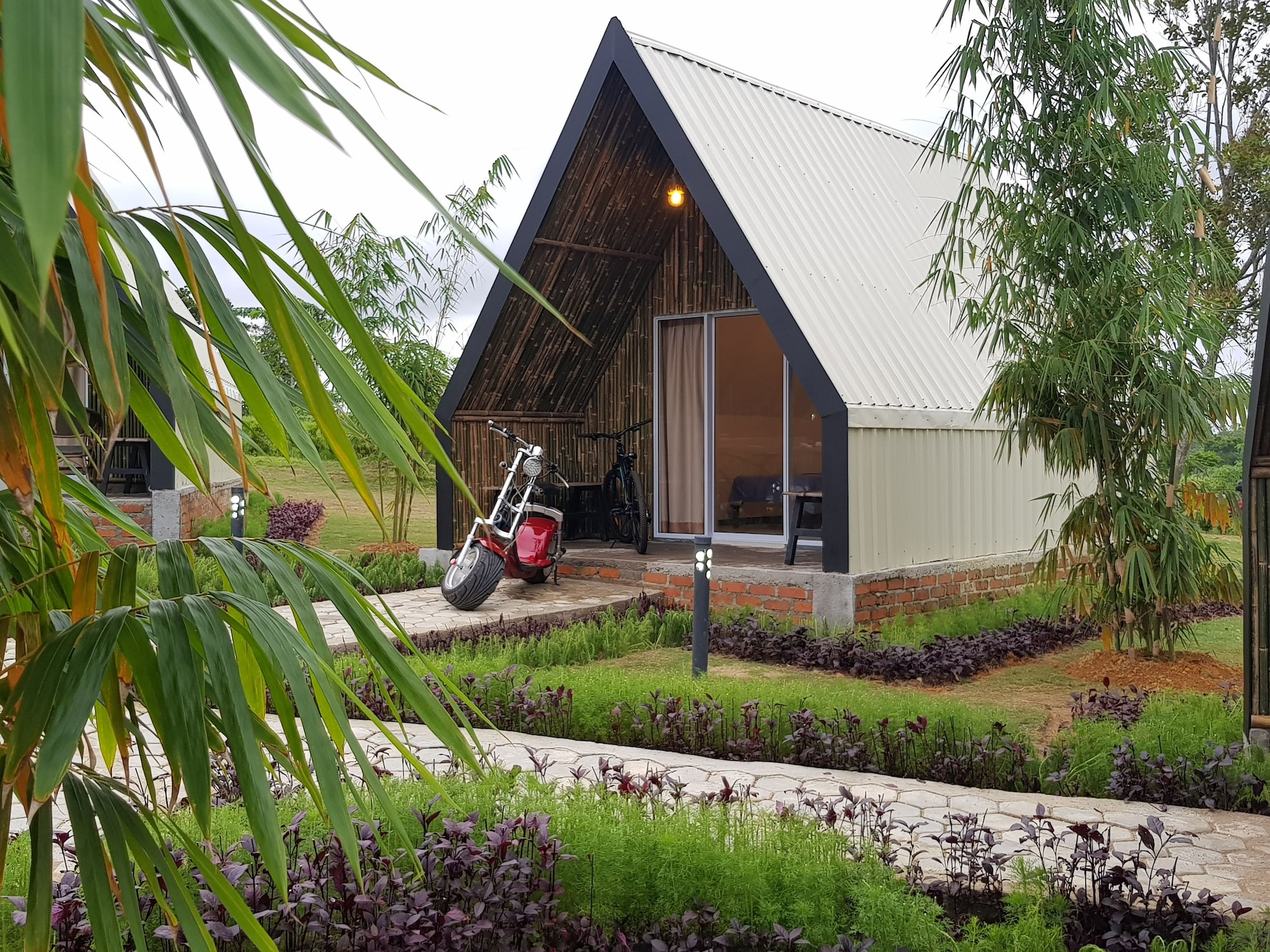 D'Bamboo Kamp Desa Wisata Ekang, Bintan