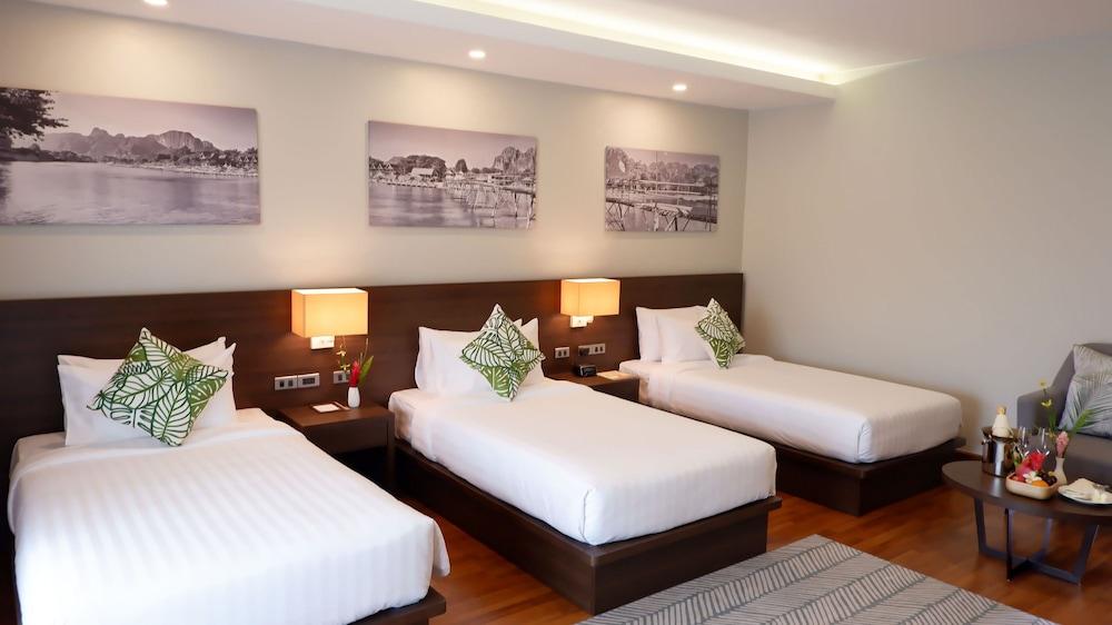 https://i.travelapi.com/hotels/39000000/38720000/38715700/38715629/a3900746_z.jpg