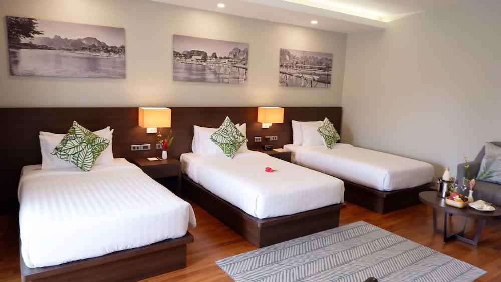 https://i.travelapi.com/hotels/39000000/38720000/38715700/38715629/e5152789_z.jpg