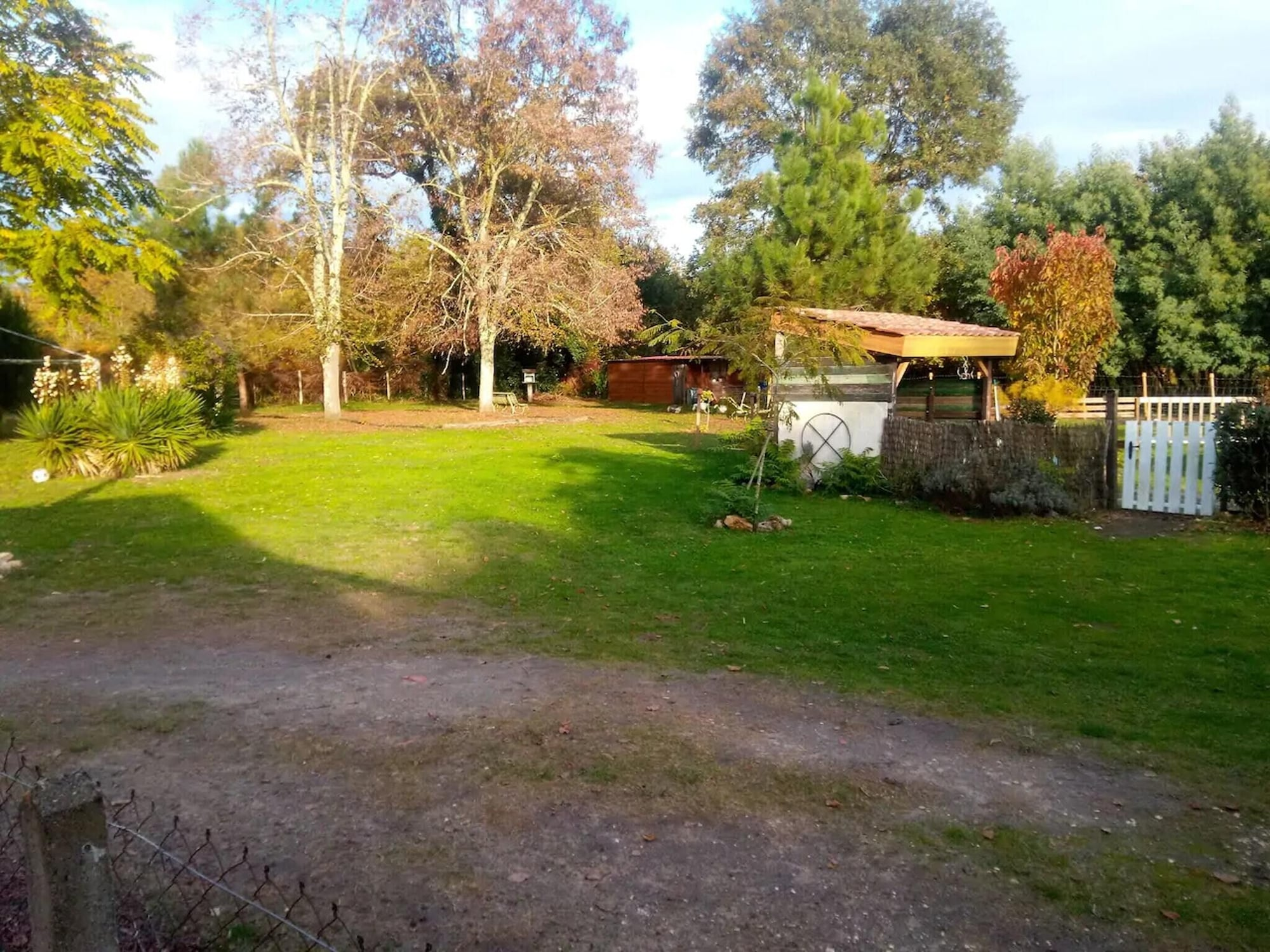 Villa With 4 Bedrooms in Pouydesseaux, With Private Pool, Enclosed Garden and Wifi, Landes