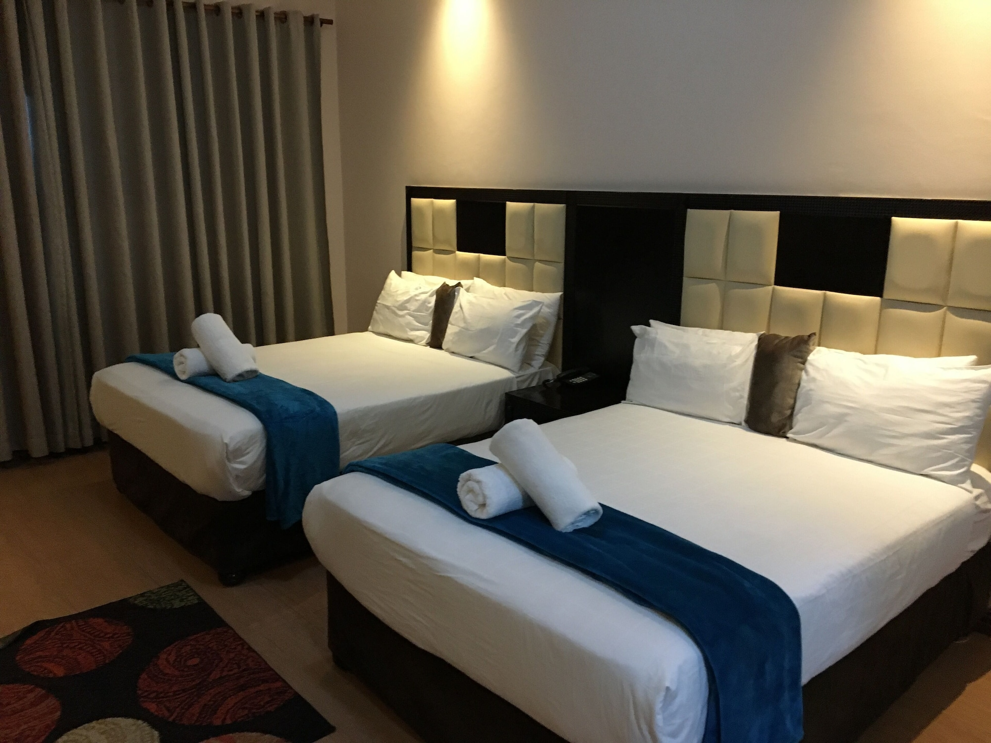 Al Hamra Hotel, eThekwini