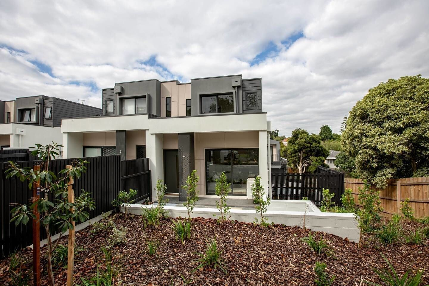 92 Brand New Doncaster Local House, Manningham - West